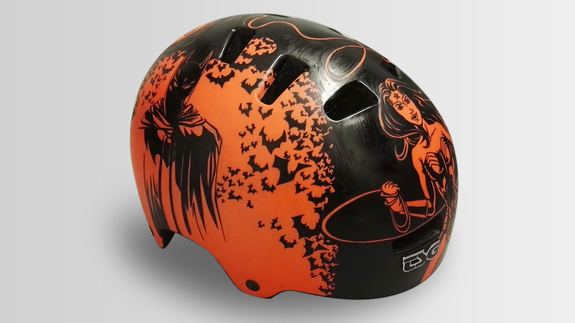 Art on a Bike-Helmet