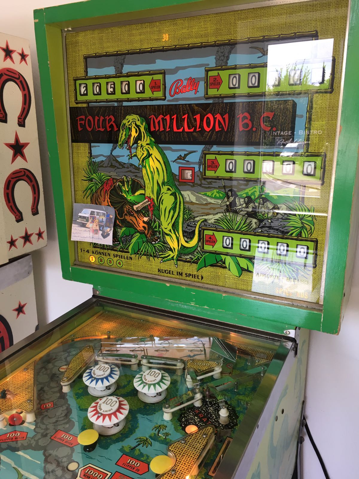 Flipper Bally Four Million B.C.