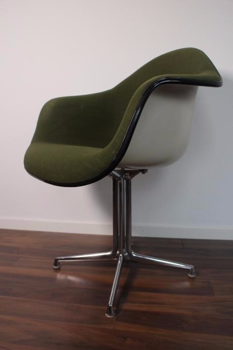 Arm chair Eames