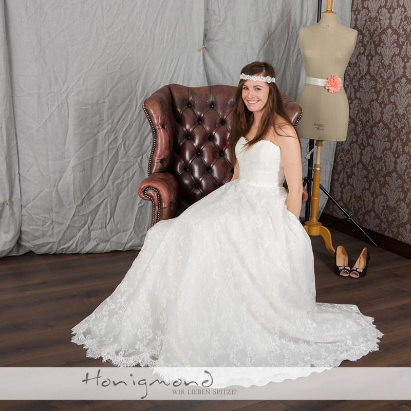 Hochzeitskleid spitze schlicht  Hochzeitskleid