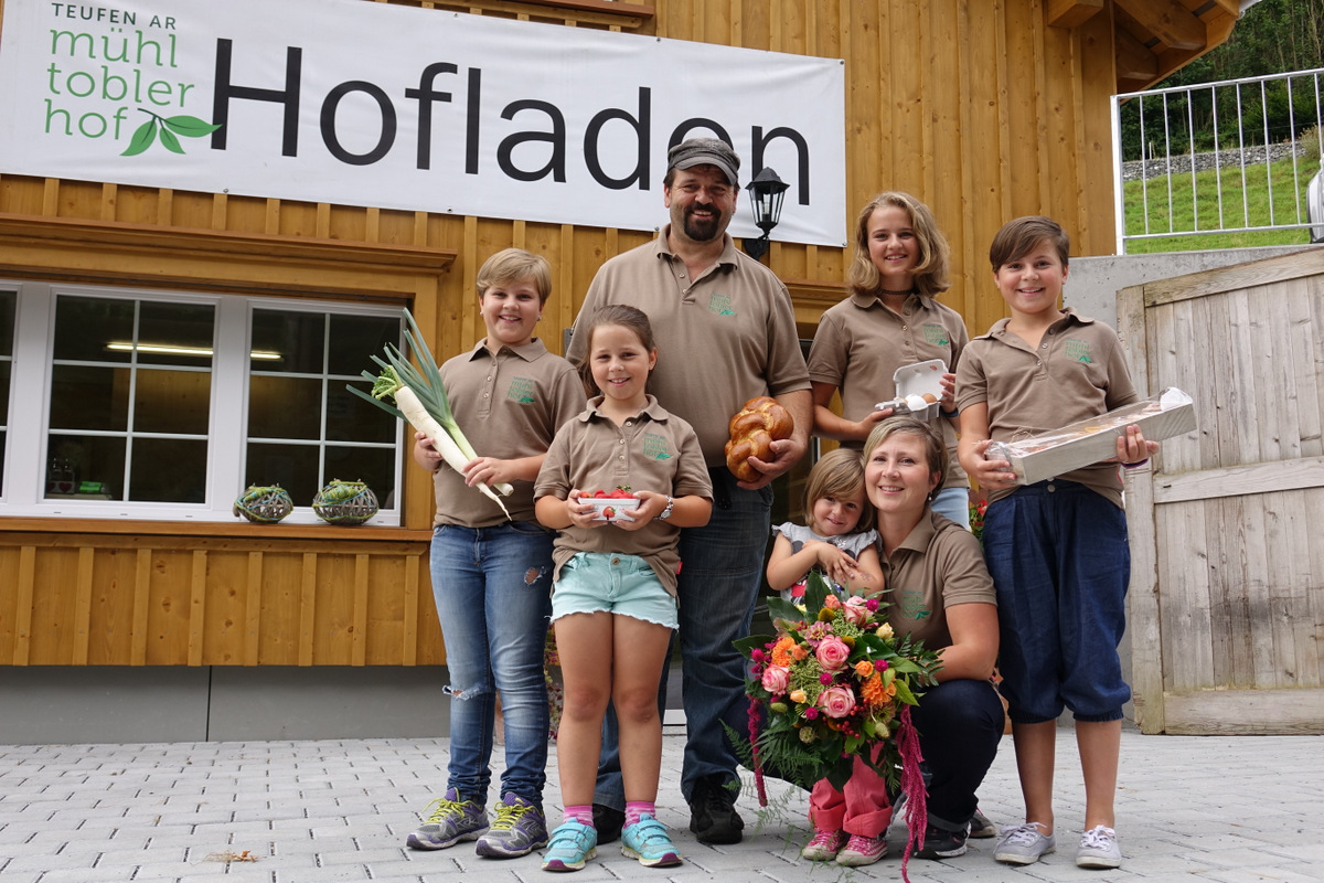 hofladen-eroeffnung-muehltoblerhof-edi-ruth-tanner-61jpg