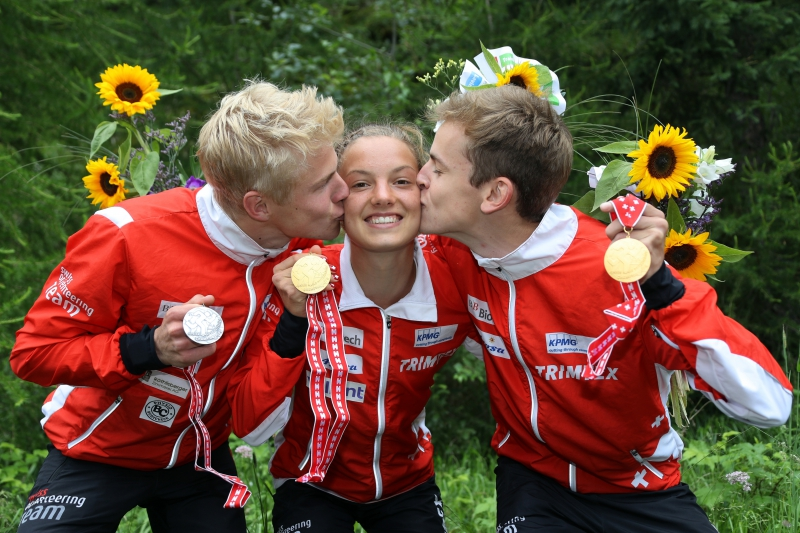 2016_jwoc_middle_swiss_medals_1-2772-800-600-100.jpg