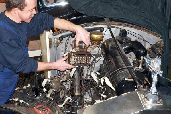 Rolly-Royce 2530 Reparatur Elektrik