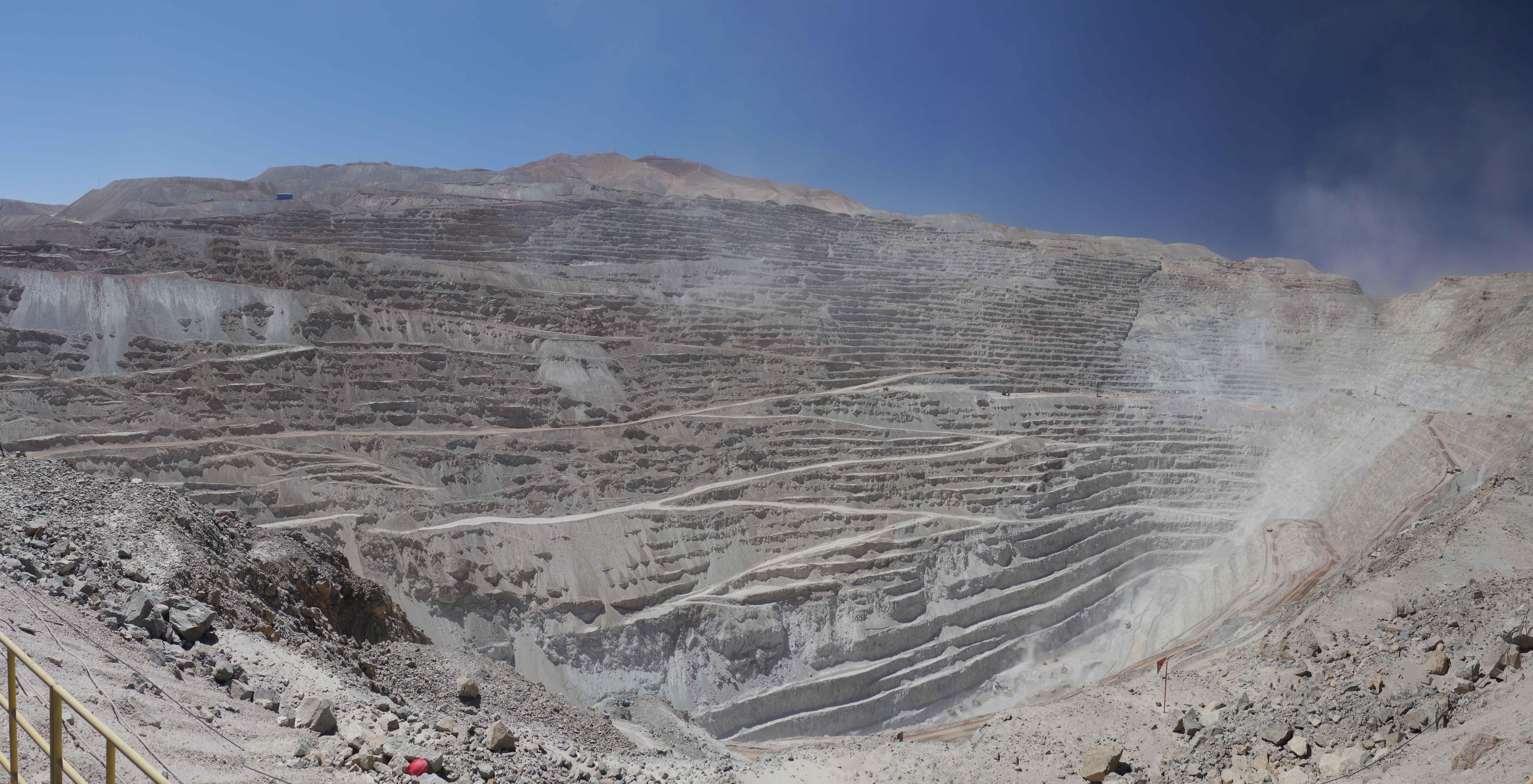 011 1412 Mine Chuquicamata 93jpeg