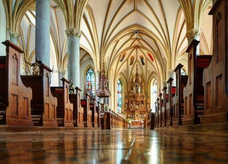 Kirche-Schwanenst-2jpg