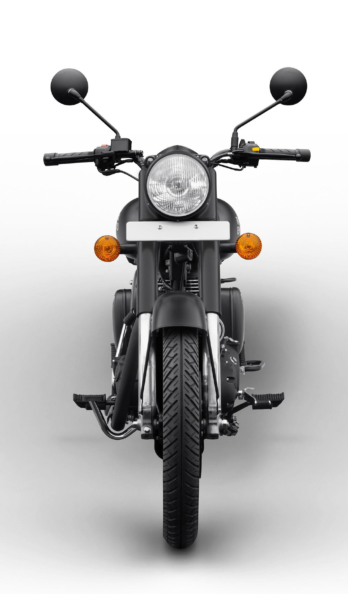 royalenfield_classic500_stealthblack_04jpg