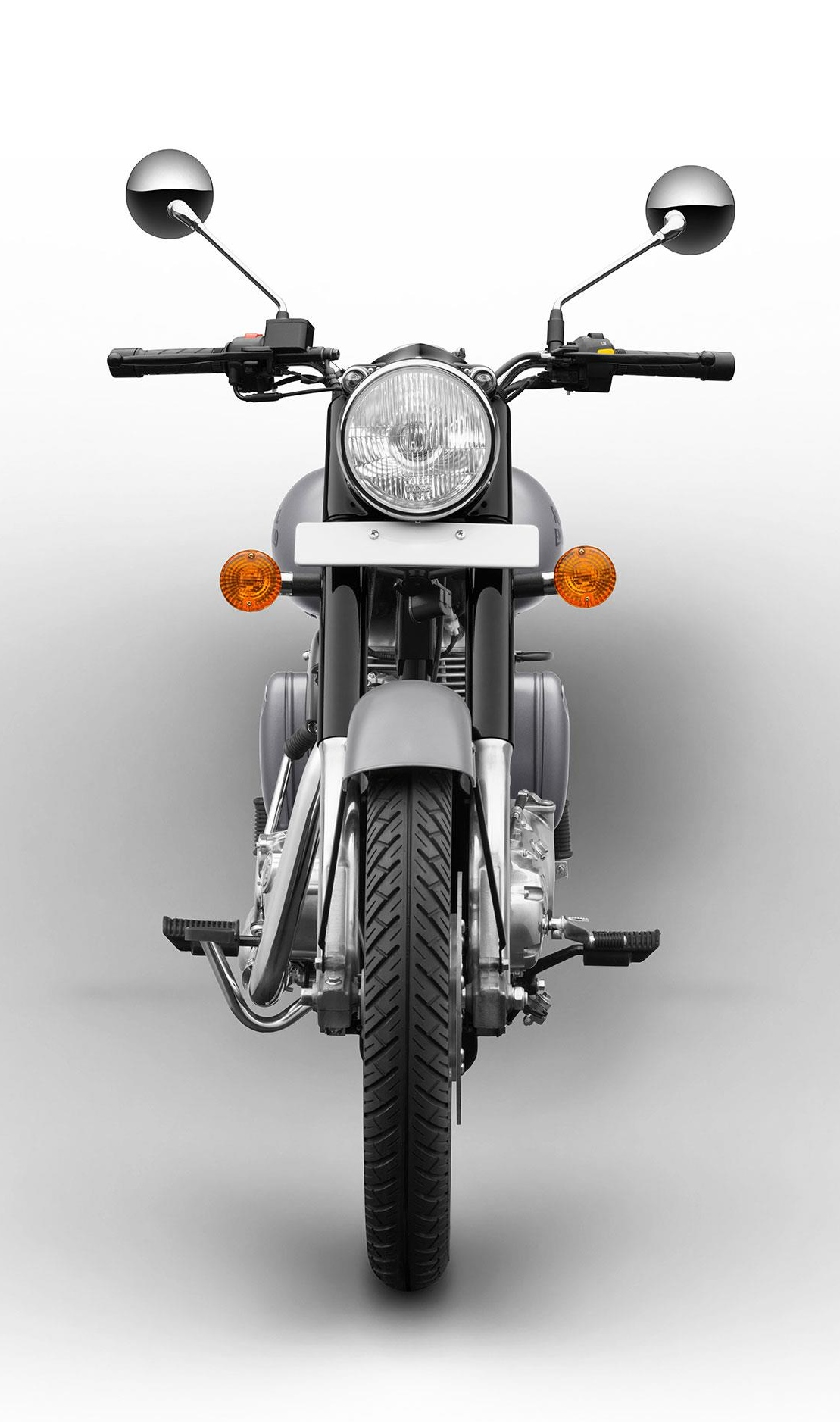 royalenfield_classic500_gunmetal_04jpg