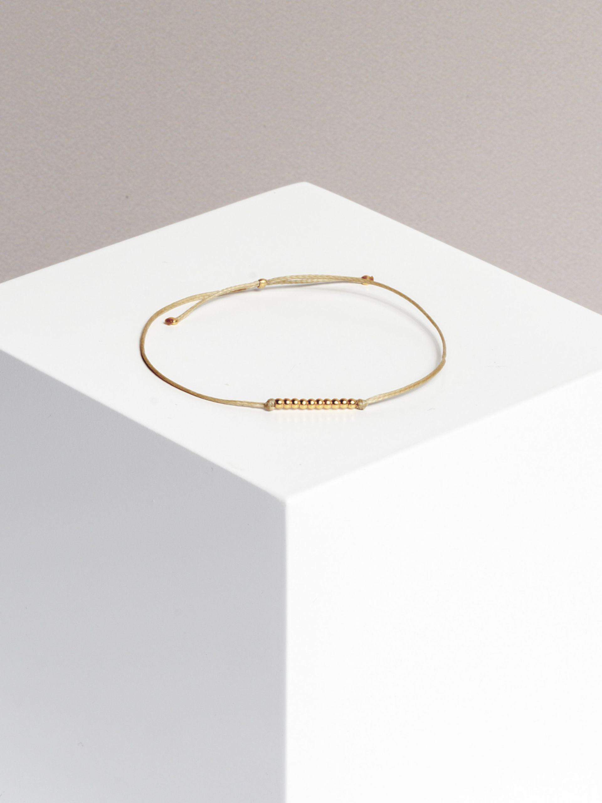 dots bracelet (gold plated)