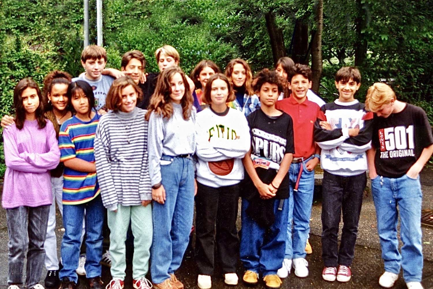 Class F 1995, with Bruno (fourth from the right, front row), who invented the name RADIO AKTIV
