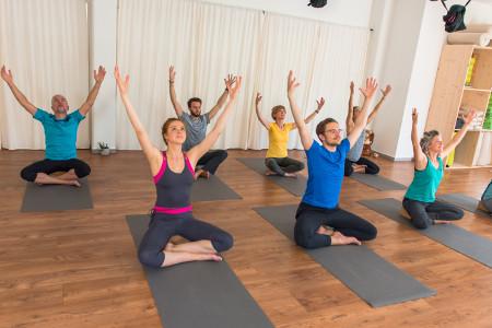 Yoga-Kundalini-Moves-Workshop-luzern-miiruum-Web12jpg