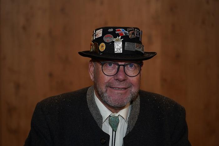 Helmut 2jpg