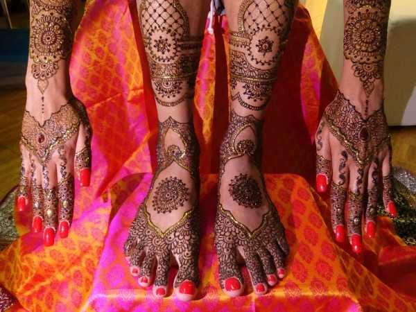 Henna Tattoo Zurich : Henna art style mit design und motive für frauen