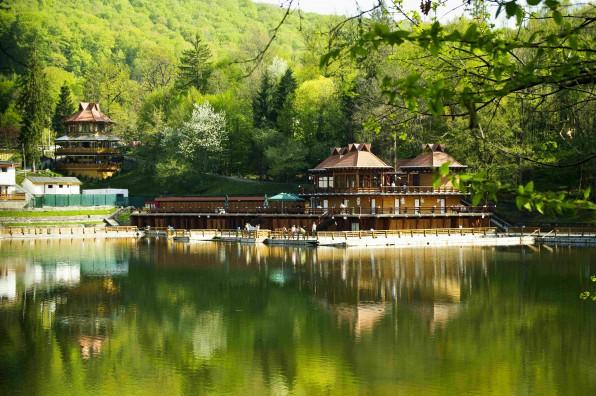 596x400_sovata lacul ursujpg