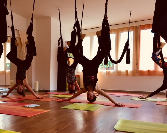 Aerial Yoga Luzern, Flying Yoga Luzern, Yoga Flow Luzern, Pilates Luzern