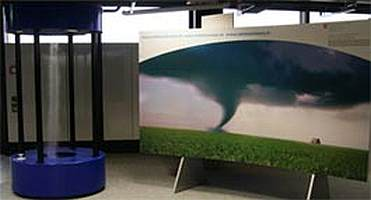 meteoschweiz_Wanderausstellung_tornado20selber20machenjpg