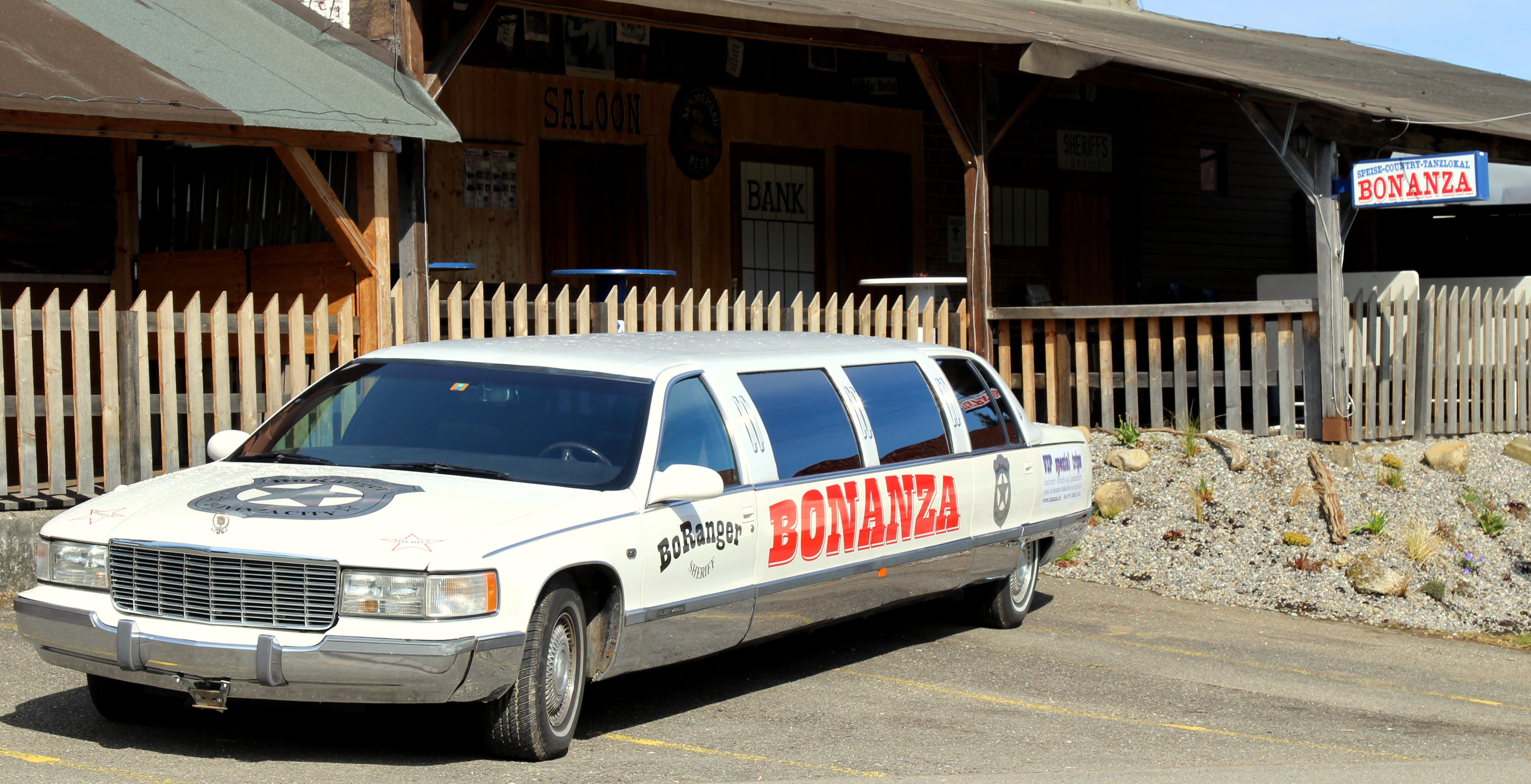 Bonanza Limousine 058JPG
