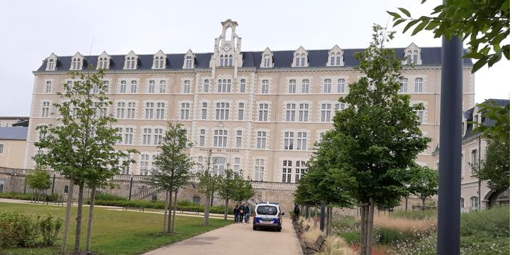 2 palais de justice de Poitiersjpg