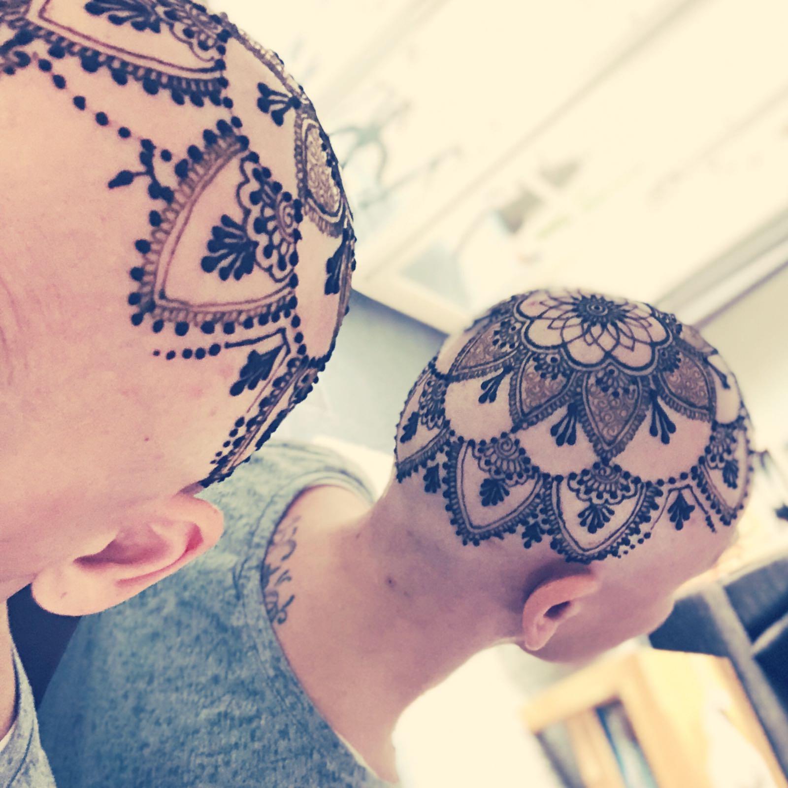 angebote preise und kosten f r henna malen design motive sujets und tattoos. Black Bedroom Furniture Sets. Home Design Ideas