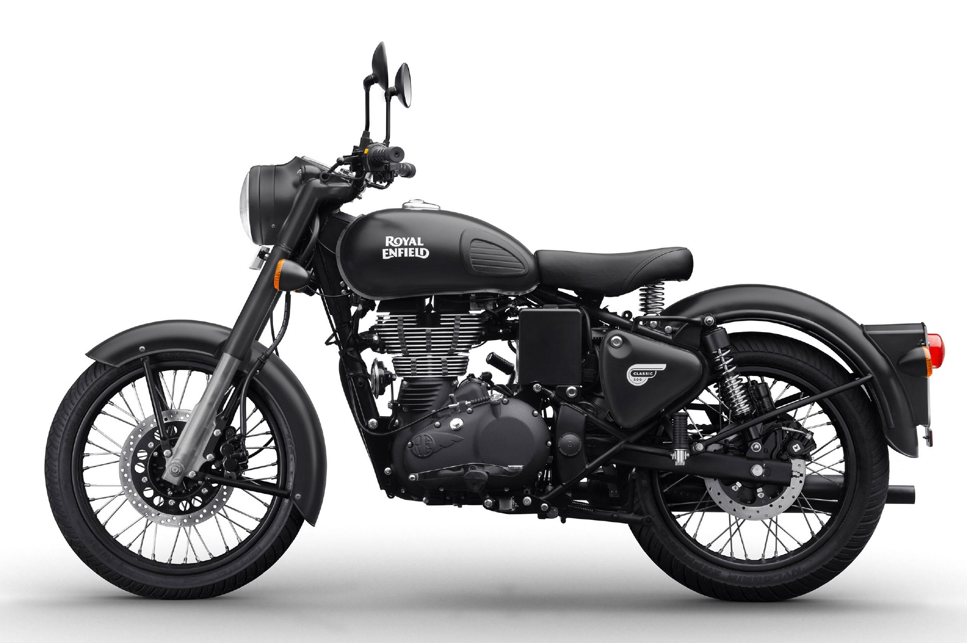 royalenfield_classic500_stealthblack_01jpg