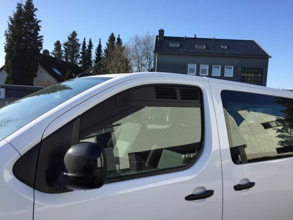 Frischluftgitter Fahrerhaus Peugeot Travellerjpg