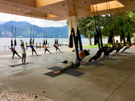 AerialYoga-Luzern-MiiRuum-beyondyoga-Yogaevent-Web12jpg