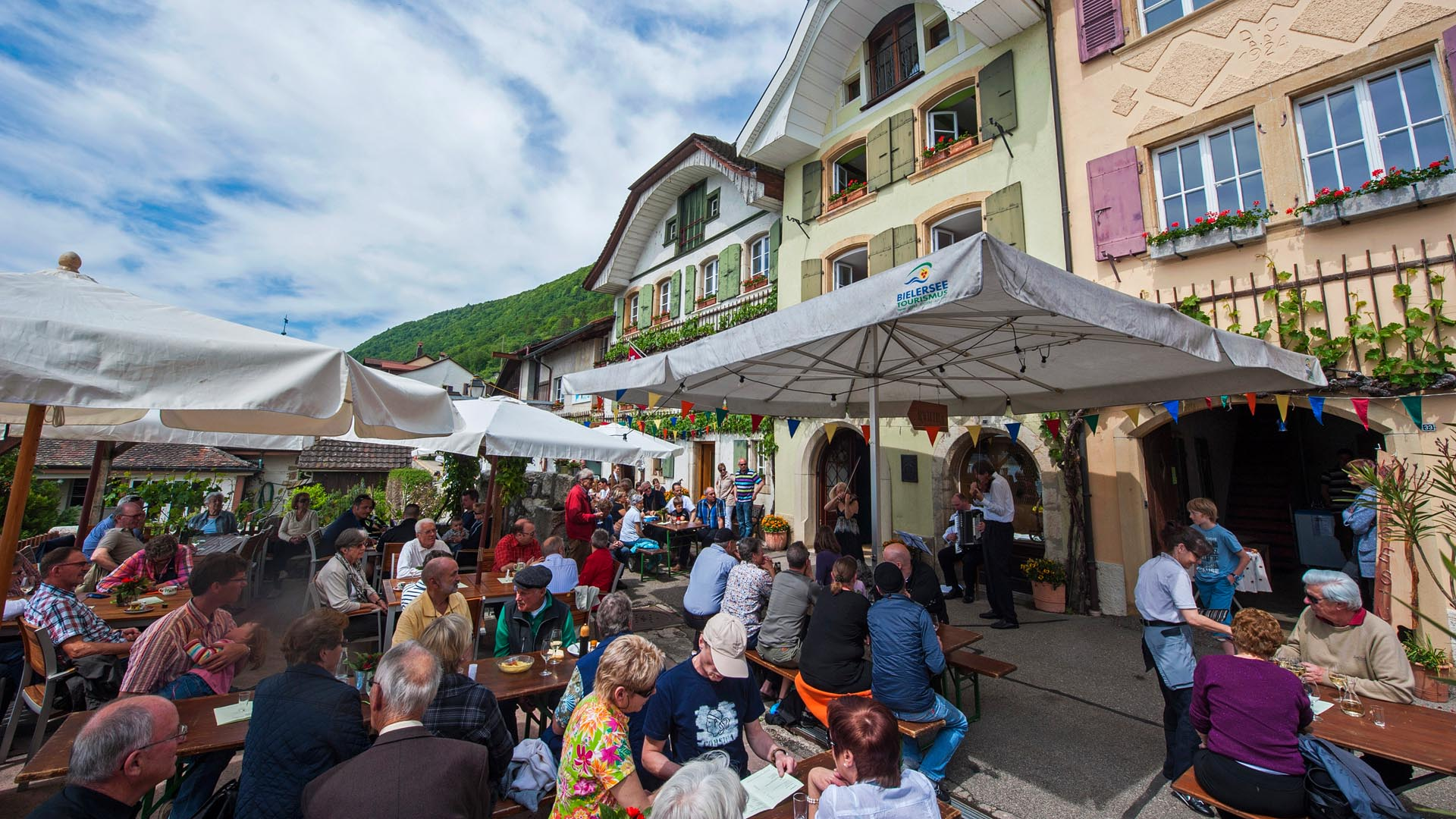 Weinfest am Bielersee in Schafis- Wyprob