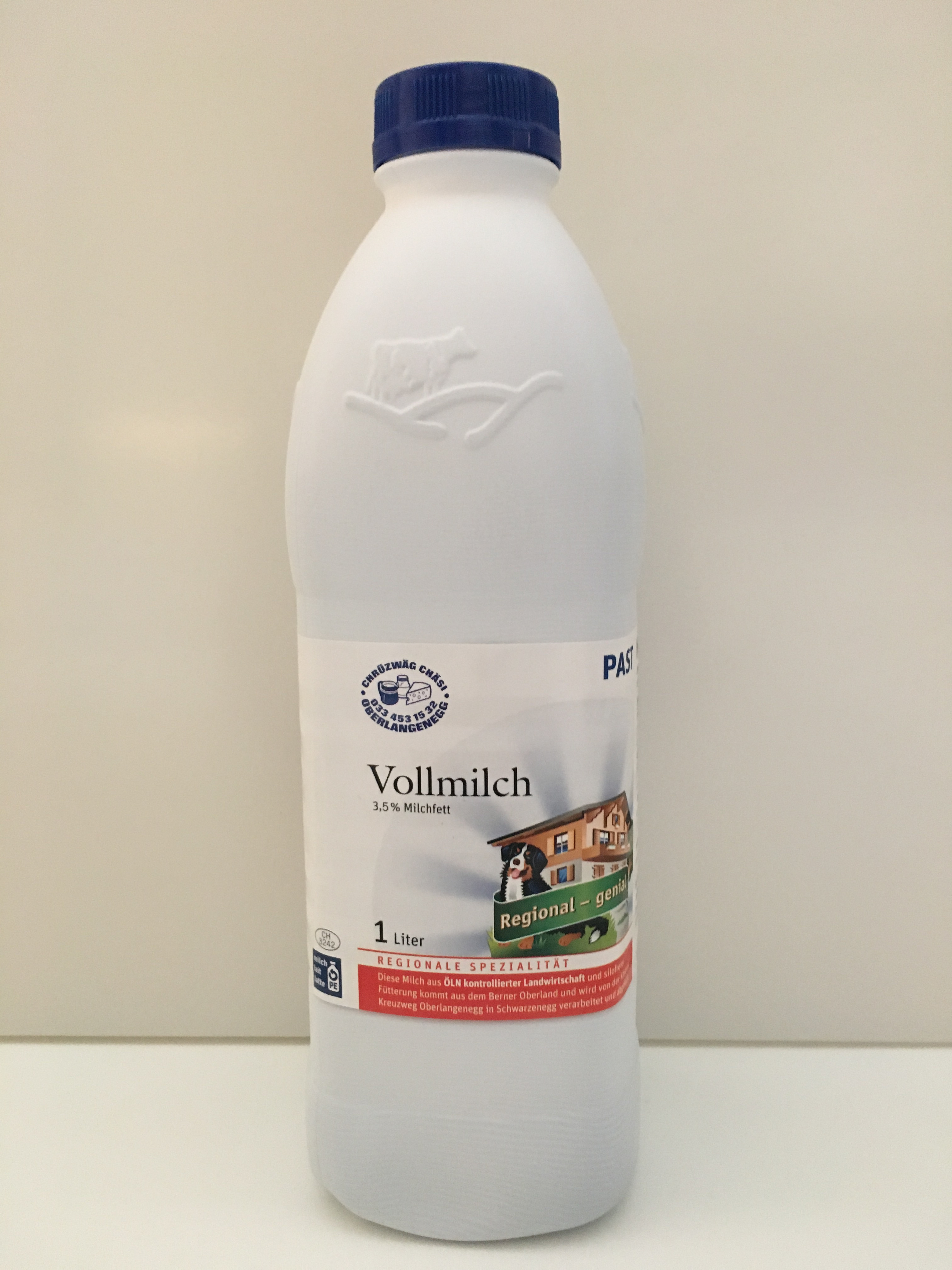 Milch: Vollmilch past. 3,5% Fett Region Emmental