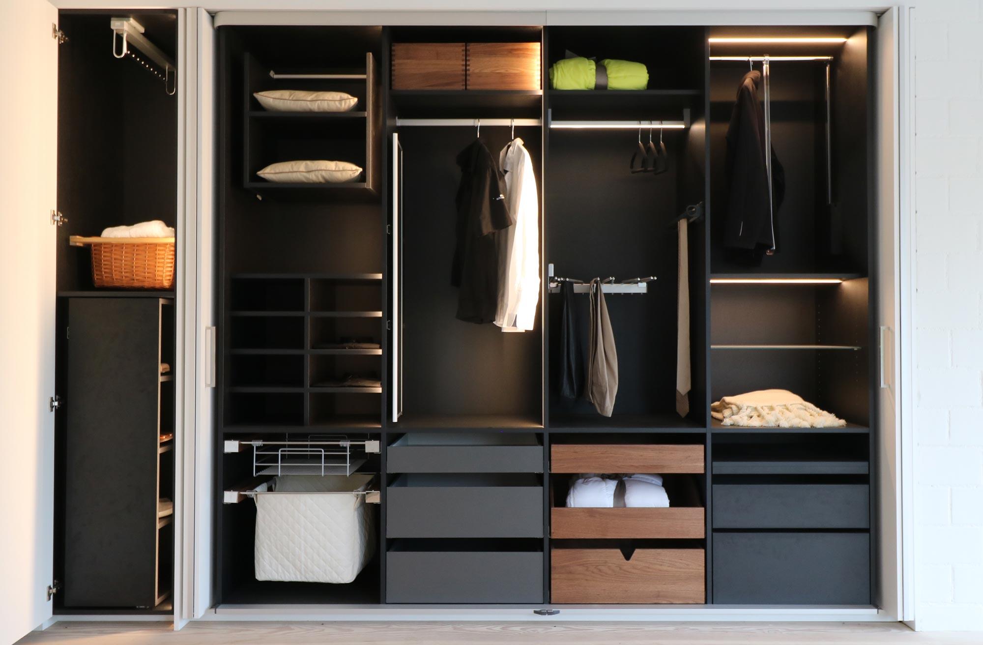 wie sieht ihr neuer schrank aus. Black Bedroom Furniture Sets. Home Design Ideas